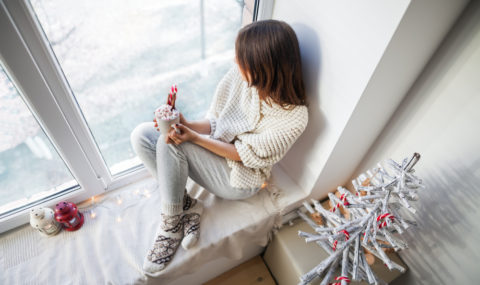 7 Ways to Cozy Up Your Apartment This Winter Season